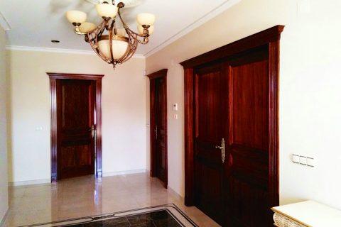 Carpinterías Mixtas en Murcia. Puertas y ventanas de madera, aluminio y PVC